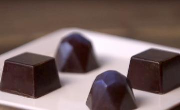 Videri's homemade and handcrafted Bonbons range from ganache to caramels, truffles and more.